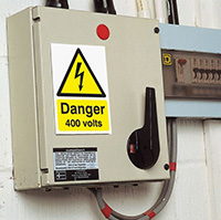 Danger 400 Volts   150x125mm 1.2mm Rigid Plastic Safety Sign