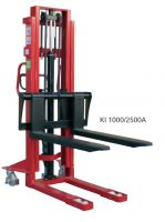 1000kg Manual Stackers with Adjustable Forks
