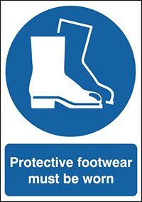 Protective Footwear Must Be Worn 210x148mm 1.2mm Rigid Plastic Safety Sign