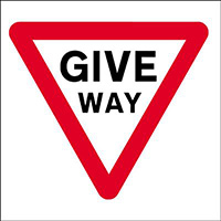450x450mm Give Way traffic sign