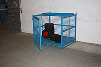Heavy Duty Craining Cage - Craning cage with opening front and 1/2 fold security roof