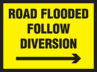 450x600mm Road Flooded Follow Diversion Arrow Right Stanchion Sign