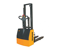 Robur Compact Powered Stacker