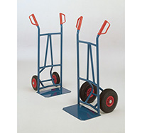 Versatile Trader Truck - Pneumatic Tyres